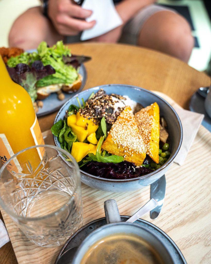 nude augsburg veganes restaurant cafe bowls vegan gesund lecker essen