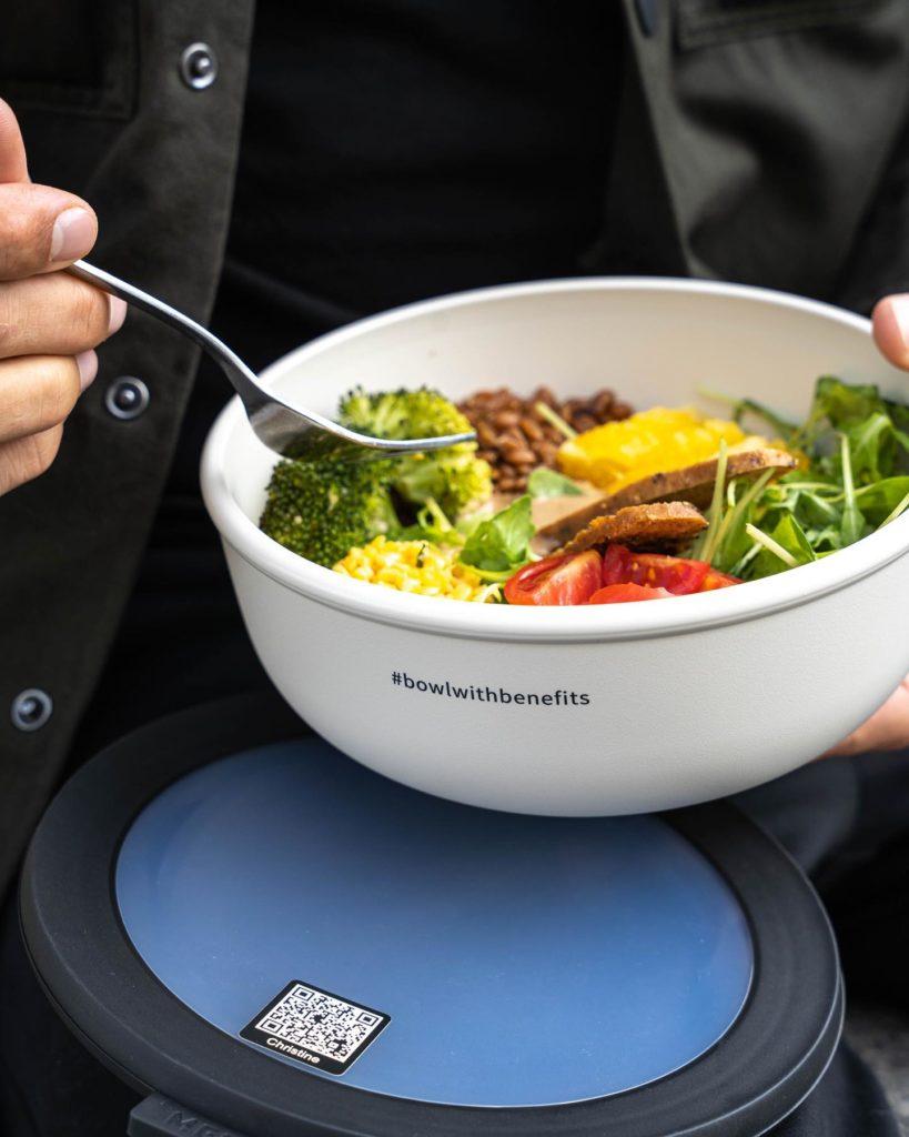 Nude Food Augsburg vegan essen to-go abholen liefern Mehrweg Bowl Vytal